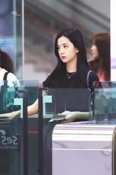 Blackpink Jisoo Airport Style 2