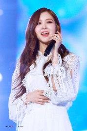 Blackpink Rose SBS Gayo Daejun 2017
