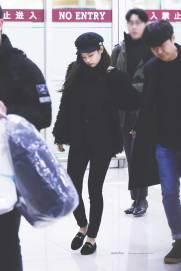Blackpink Jennie Winter Airport Fashion