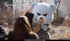Jisoo-wants-to-twist-Krunk-head-2
