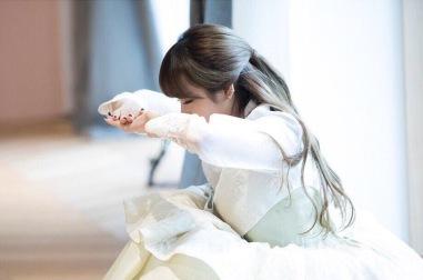 Blackpink Lisa wearing hanbok 2018 4