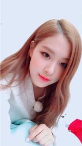 Blackpink Rose Selfie wearing hanbok