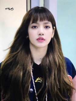 Blackpink Lisa airport Fashion Nonagon hoodie