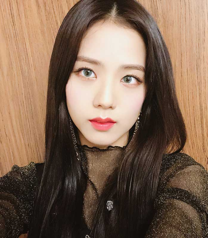 Blackpink Jisoo Selfie Instagram photo 2018